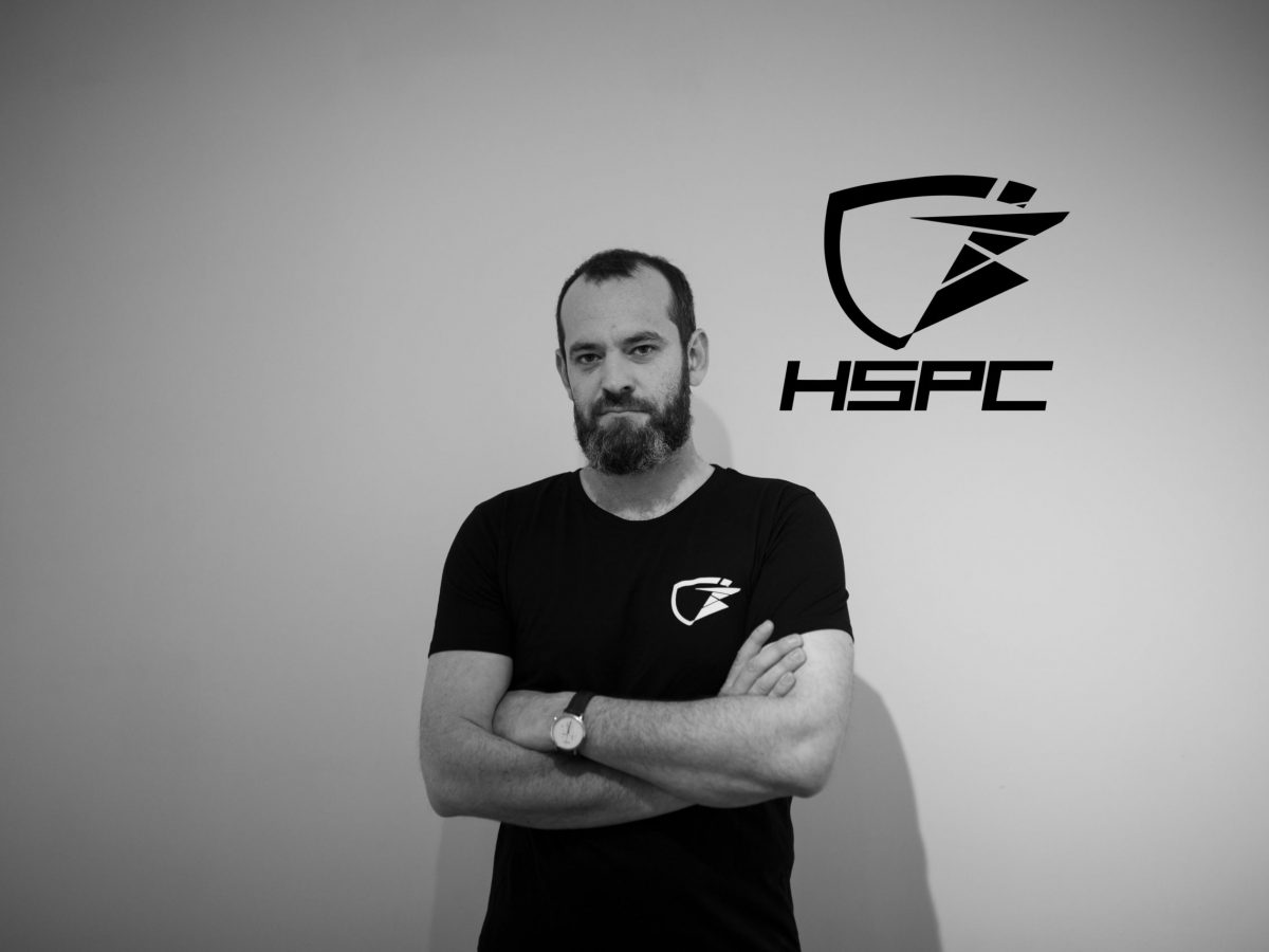 Staff - Jonathan Henrotte